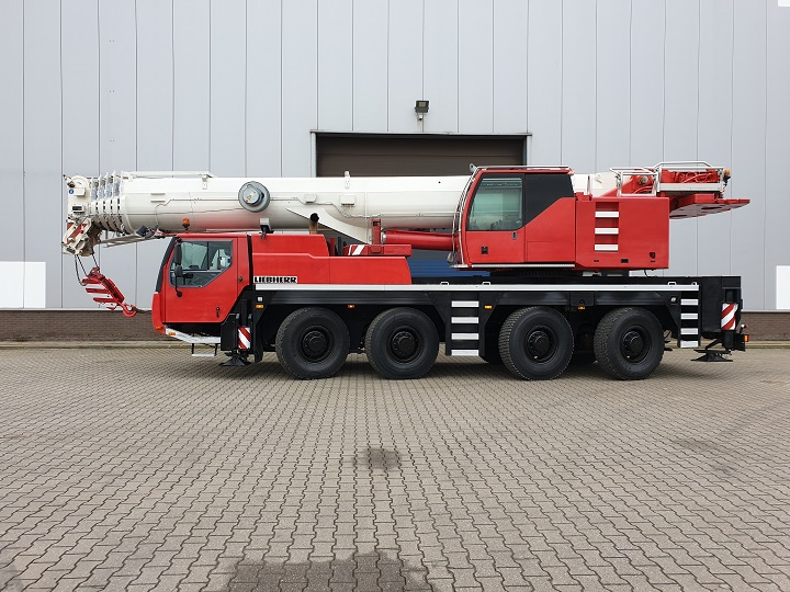 Liebherr LTM1090, 2006 Used for sale 90 Tons Capacity